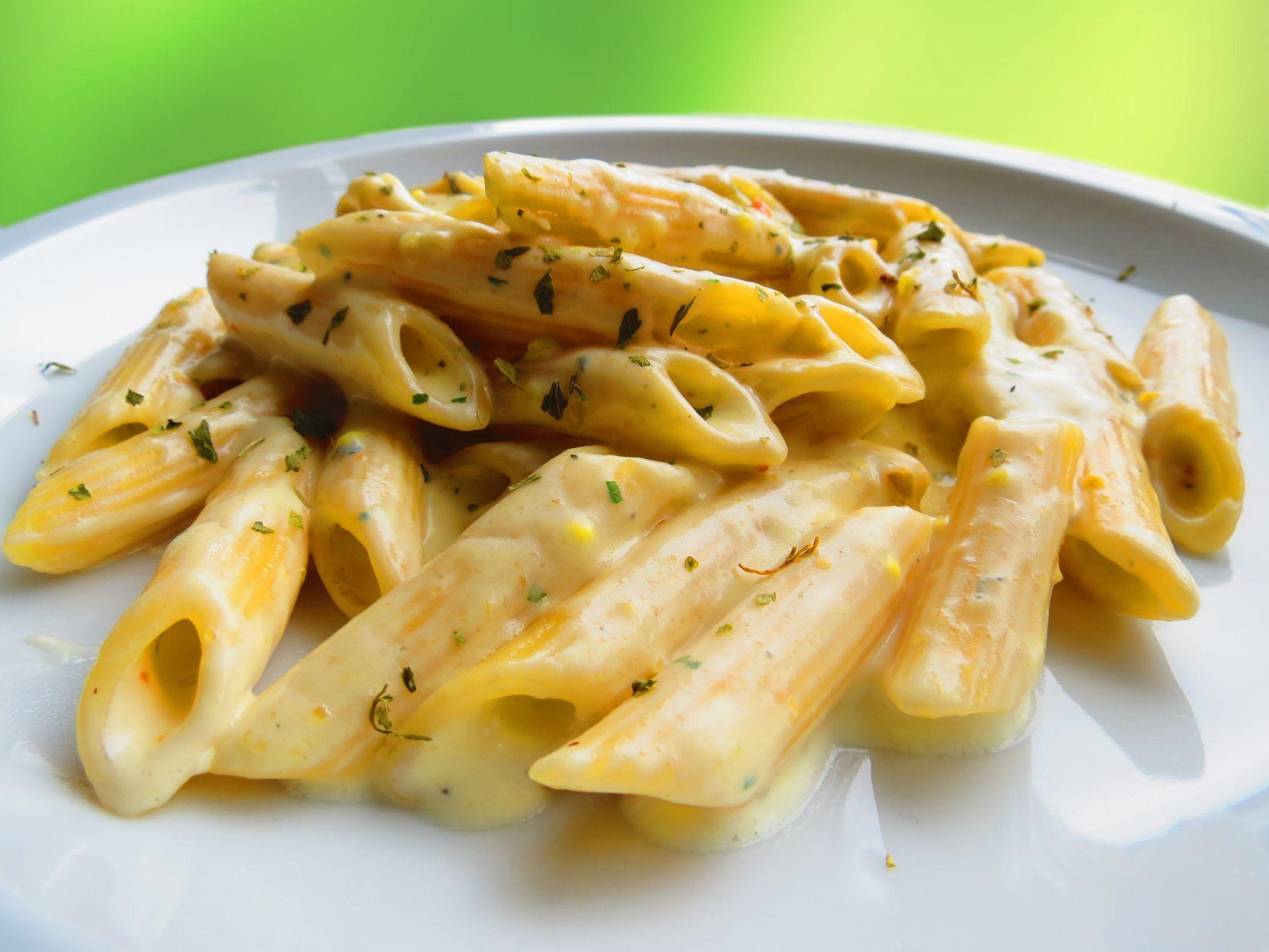 I trucchi per fare in casa la pasta ai 4 formaggi più buona della tua vita
