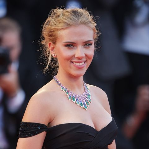 What Is Scarlett Johansson's Net Worth? - Scarlett Johansson's Pay Per Movie