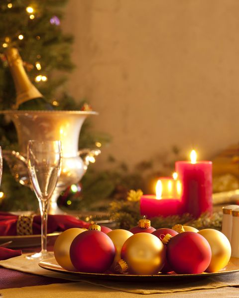 christmas table setting - How To Decorate A Christmas Table