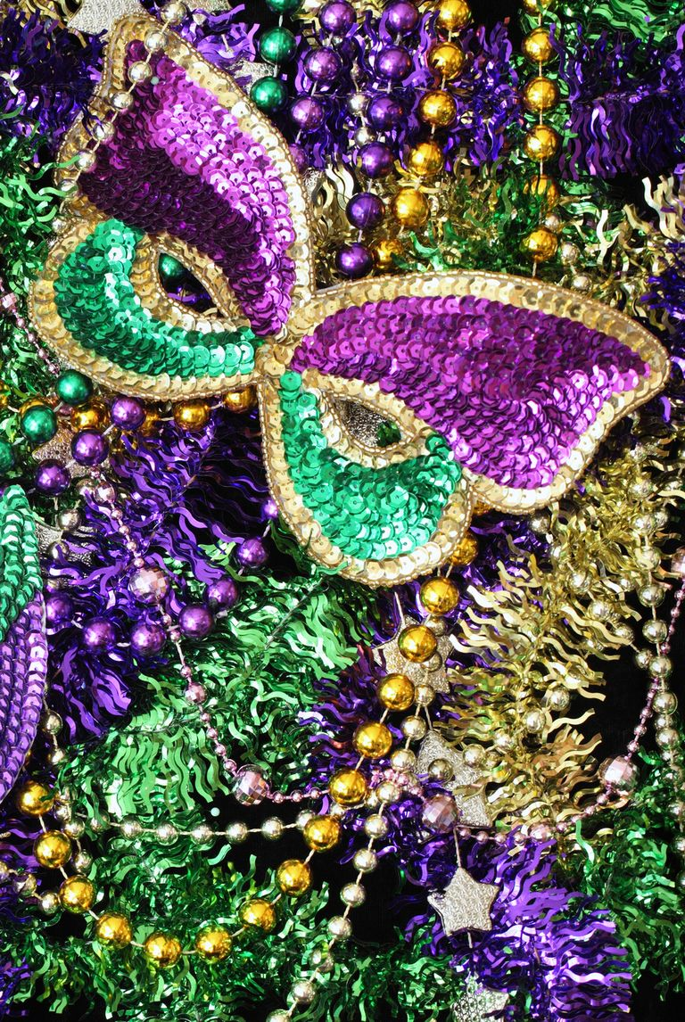 Town And Country New Orleans >> 10 Mardi Gras Traditions to Know in 2018 - The History Of