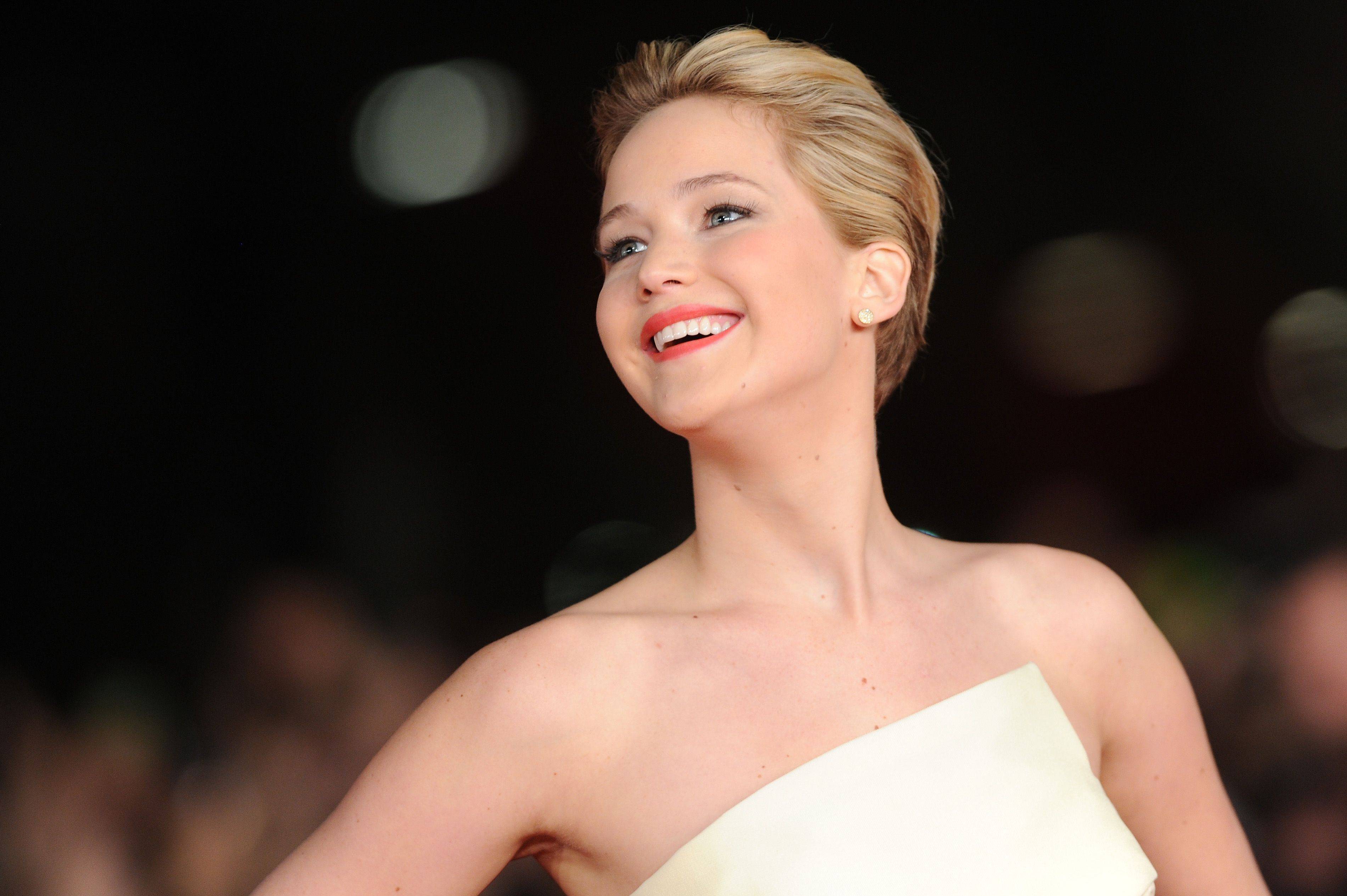 All The Details on Jennifer Lawrence's Wedding to Cooke Maroney