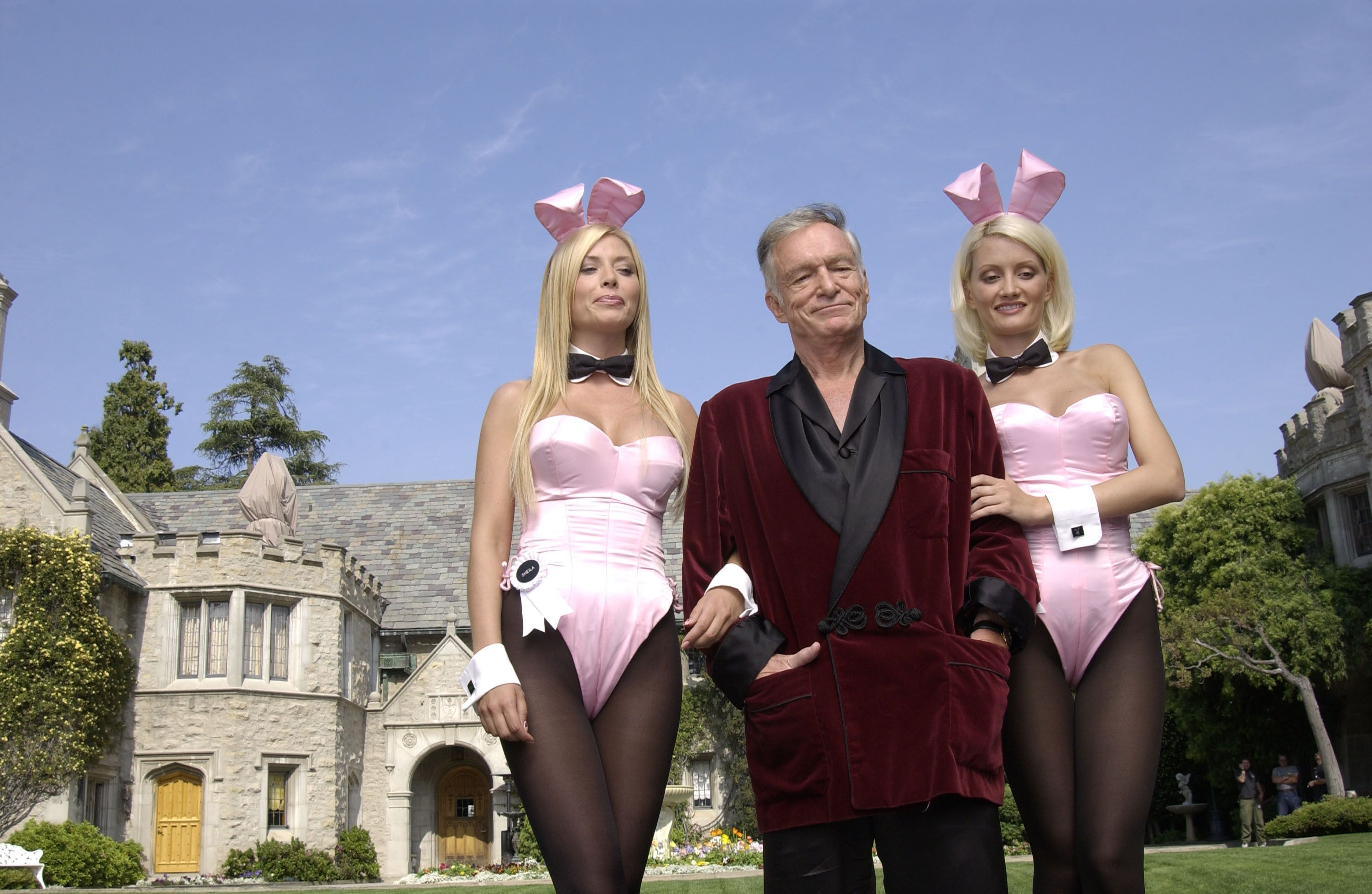 Playboy Mansion Photos Worth 2017 See Inside Hugh Hefner S Mansion