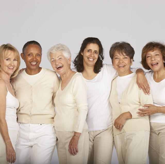 更年期も元気に過ごす、40代以上の女性たち