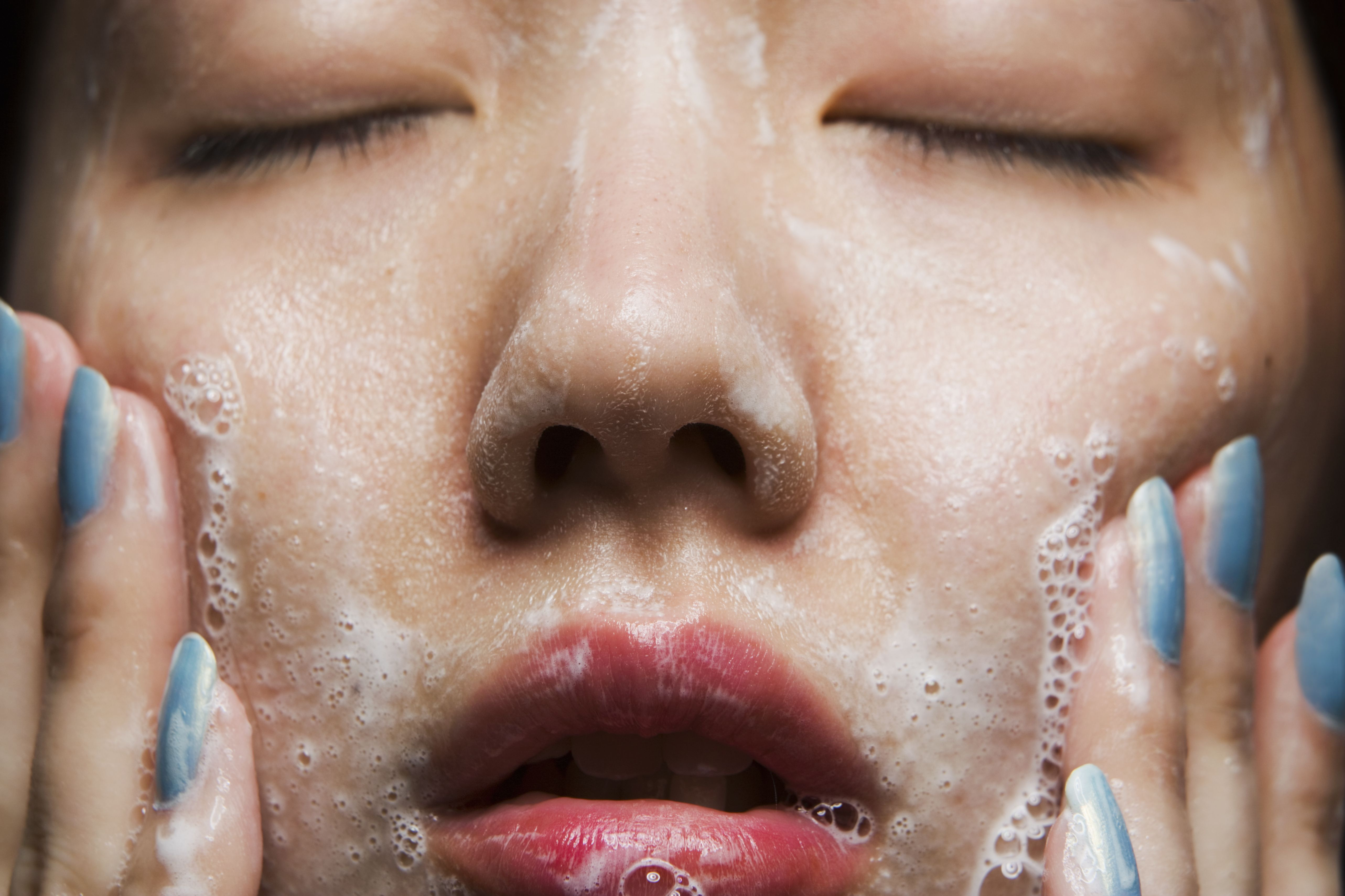 How To Wash Your Face Tips For Facial Cleansing From Experts