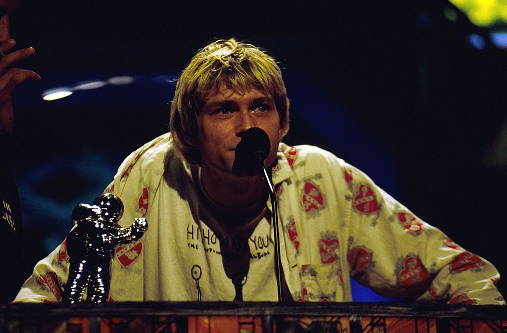 Kurt Cobain accepts award at the 1992 MTV Video Music Awards.