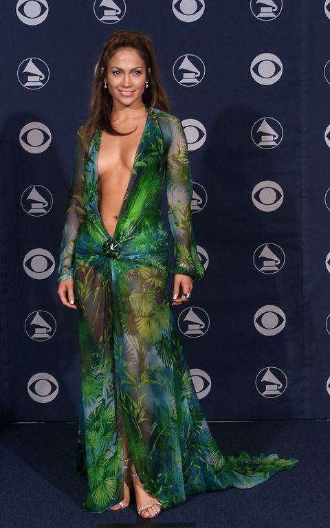 bdb1ed72d29 Remember When J.Lo Wore Her Iconic Versace Dress to the 2000 Grammys ...