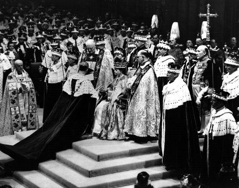 Cope, Bishop, Black-and-white, Monochrome, Event, Deacon, Metropolitan bishop, Religious institute,