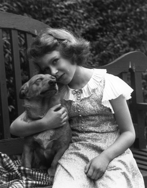 Photograph, Black-and-white, Snapshot, Monochrome, Human, Sitting, Photography, Monochrome photography, Companion dog, Child,