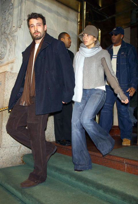new york   december 12  italy out  actor ben affleck and actresssinger jennifer lopez exiting a midtown hotel on their way to do some holiday shopping december 12, 2003 in new york city  photo by arnaldo magnanigetty images