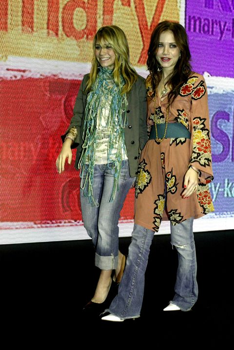 Fashion, Performance, Fun, Footwear, Fashion design, Event, Denim, Jeans, Premiere, Talent show,