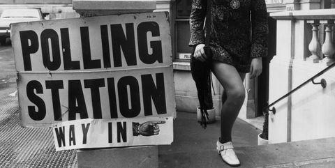Black, Photograph, Black-and-white, Fashion, Street fashion, Monochrome, Snapshot, Monochrome photography, Leg, Footwear,