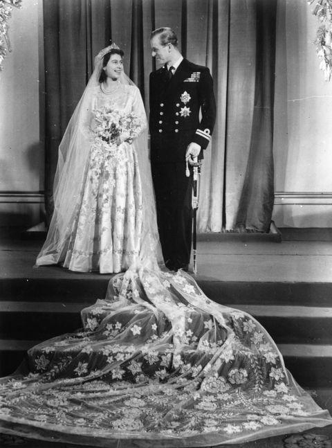 Queen elizabeth wedding dress white yellow