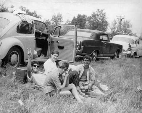 Car, Motor vehicle, Vehicle, Classic, Classic car, Vintage car, Mid-size car, Sedan, Family car, Coupé,