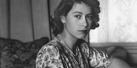 30th may 1944  queen elizabeth ii as princess elizabeth writing at her desk in windsor castle, berkshire  photo by lisa sheridanstudio lisagetty images