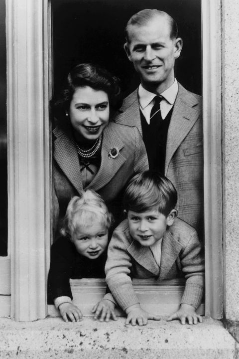 28th september 1952 queen elizabeth with her husband prince philip, duke of edinburgh and her children, charles and anne at balmoral castle in scotland photo by lisa sheridanstudio lisagetty images