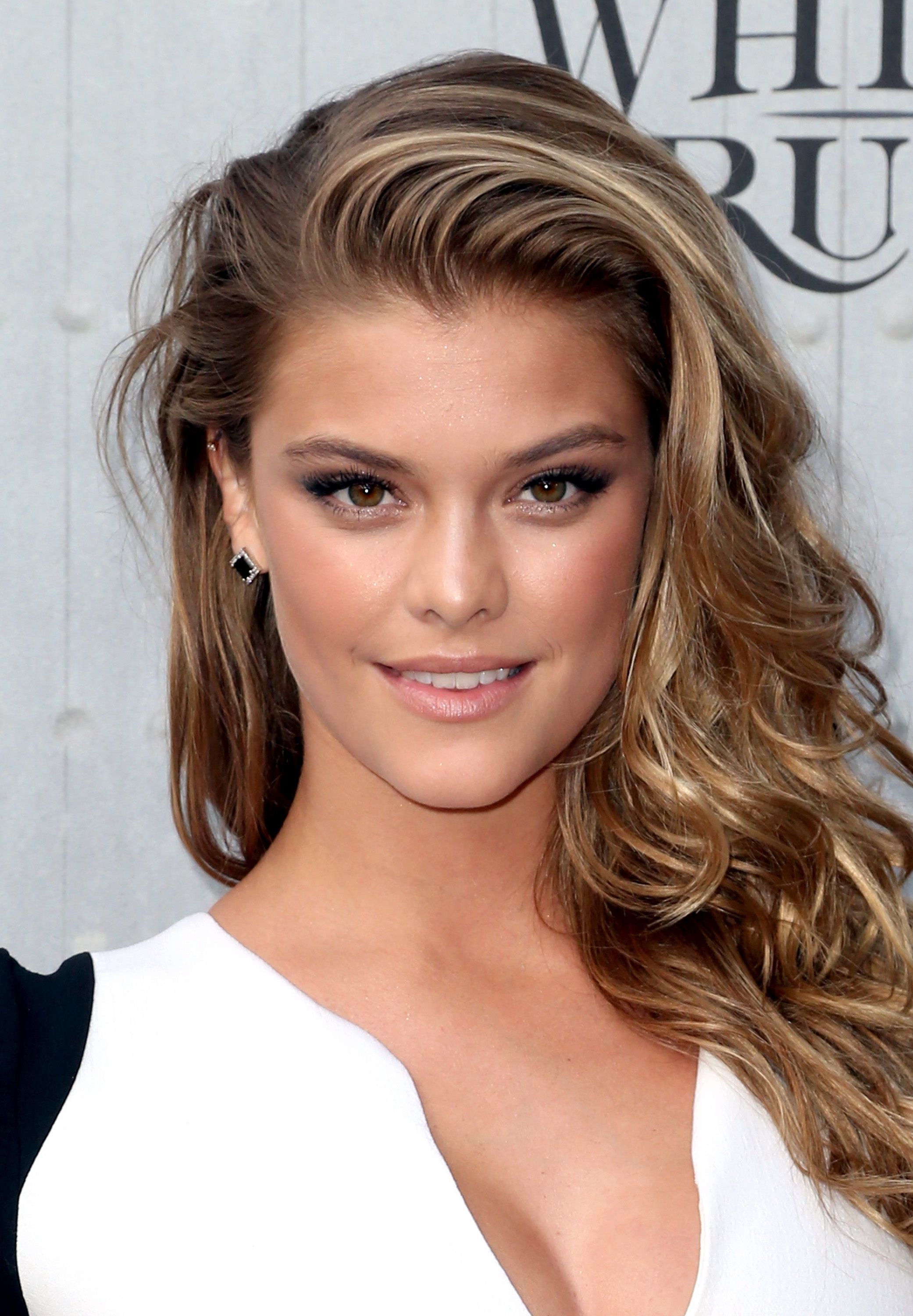 Nina Agdal model - leonardo dicaprio girlfriend