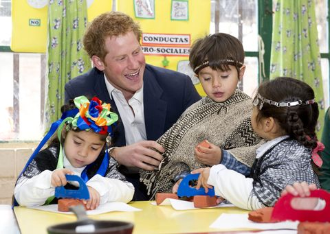 prince-harry-classroom-chile