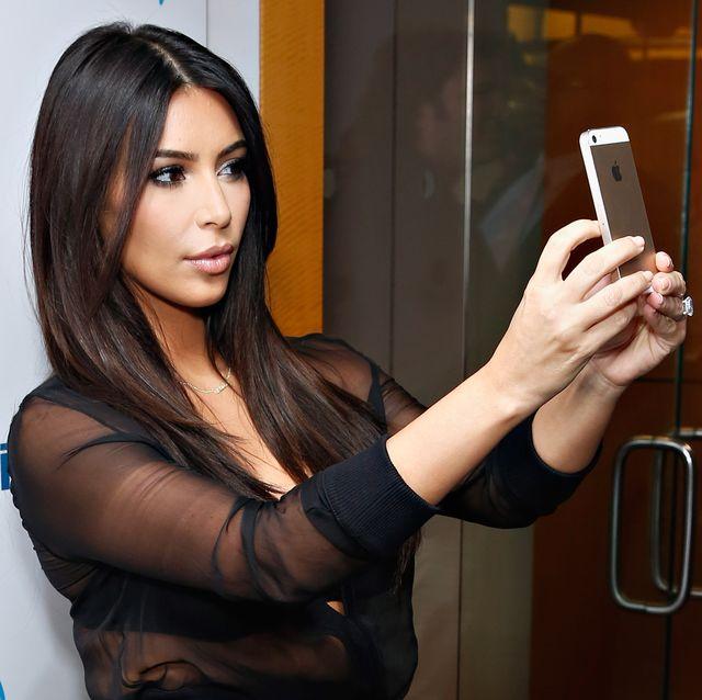 Beauty, Skin, Photography, Long hair, Lip, Selfie, Finger, Brown hair, Model, Black hair,
