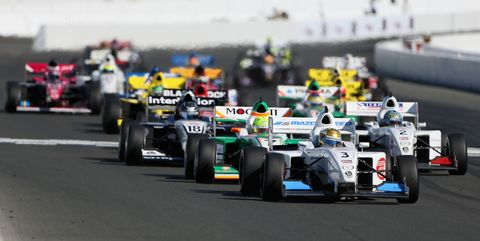 Race car, Formula one, Sports, Formula one car, Motorsport, Formula one tyres, Formula libre, Formula racing, Open-wheel car, Race track,