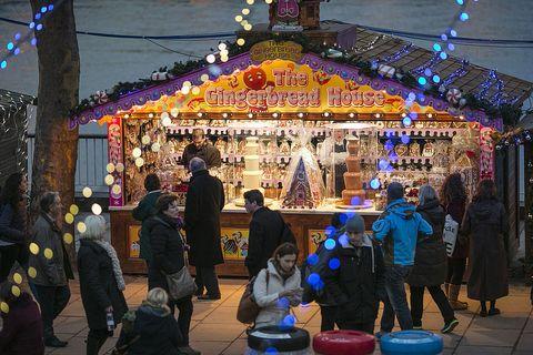 Lighting, Event, Night, Christmas, Fun, Christmas decoration, Fair, Interior design, Festival, Recreation,