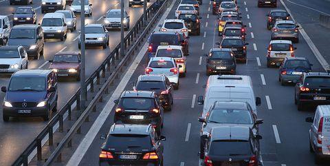 El parque de vehículos en España crece un 8% en los últimos cinco años