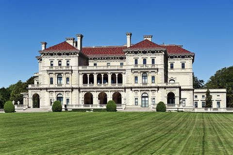 Amazing The Vanderbilt Heirs Are Moving Out Of The Breakers In Interior Design Ideas Gentotryabchikinfo