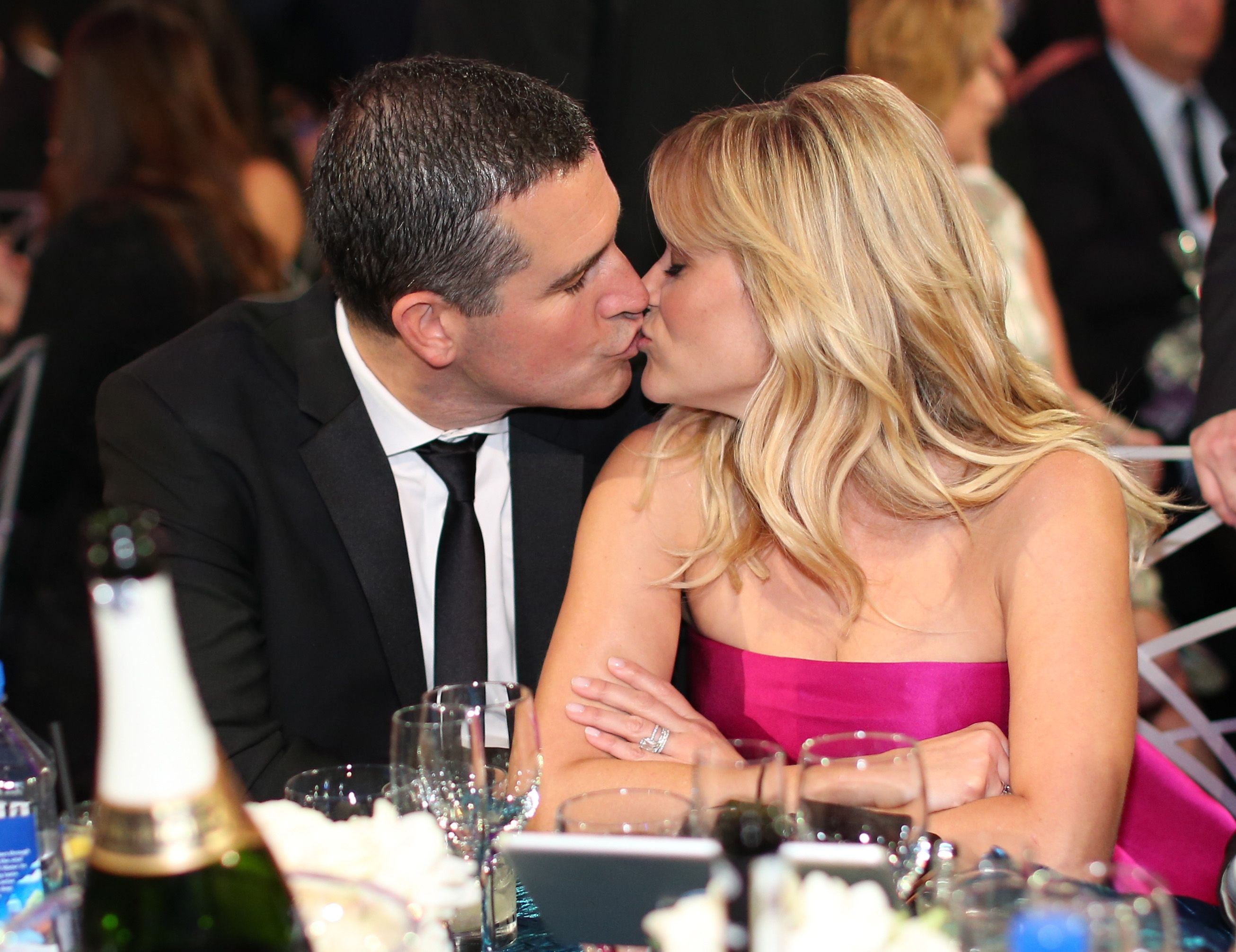 Reese Witherspoon Jim Toth dating smartplant instrumentering krok upp