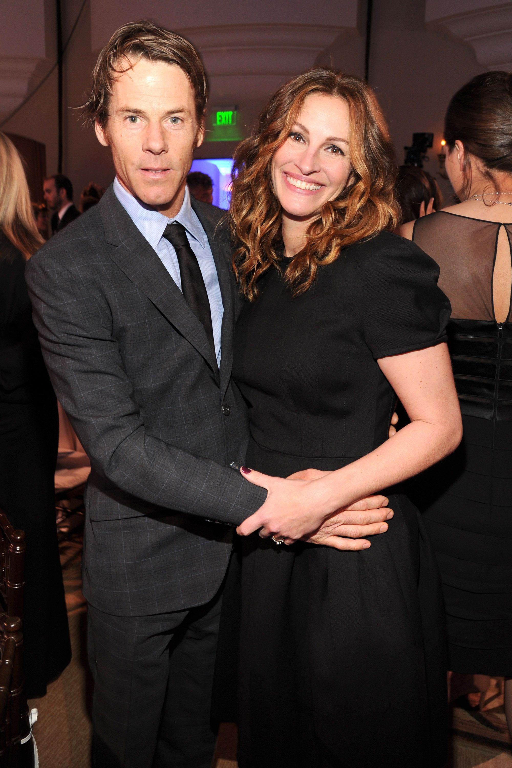 Julia Roberts and Danny Moder met when he was the cameraman on her film.