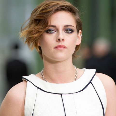 paris, france   january 27  kristen stewart attends the chanel show as part of paris fashion week haute couture springsummer 2015 at the grand palais on january 27, 2015 in paris, france  photo by kristy sparowgetty images