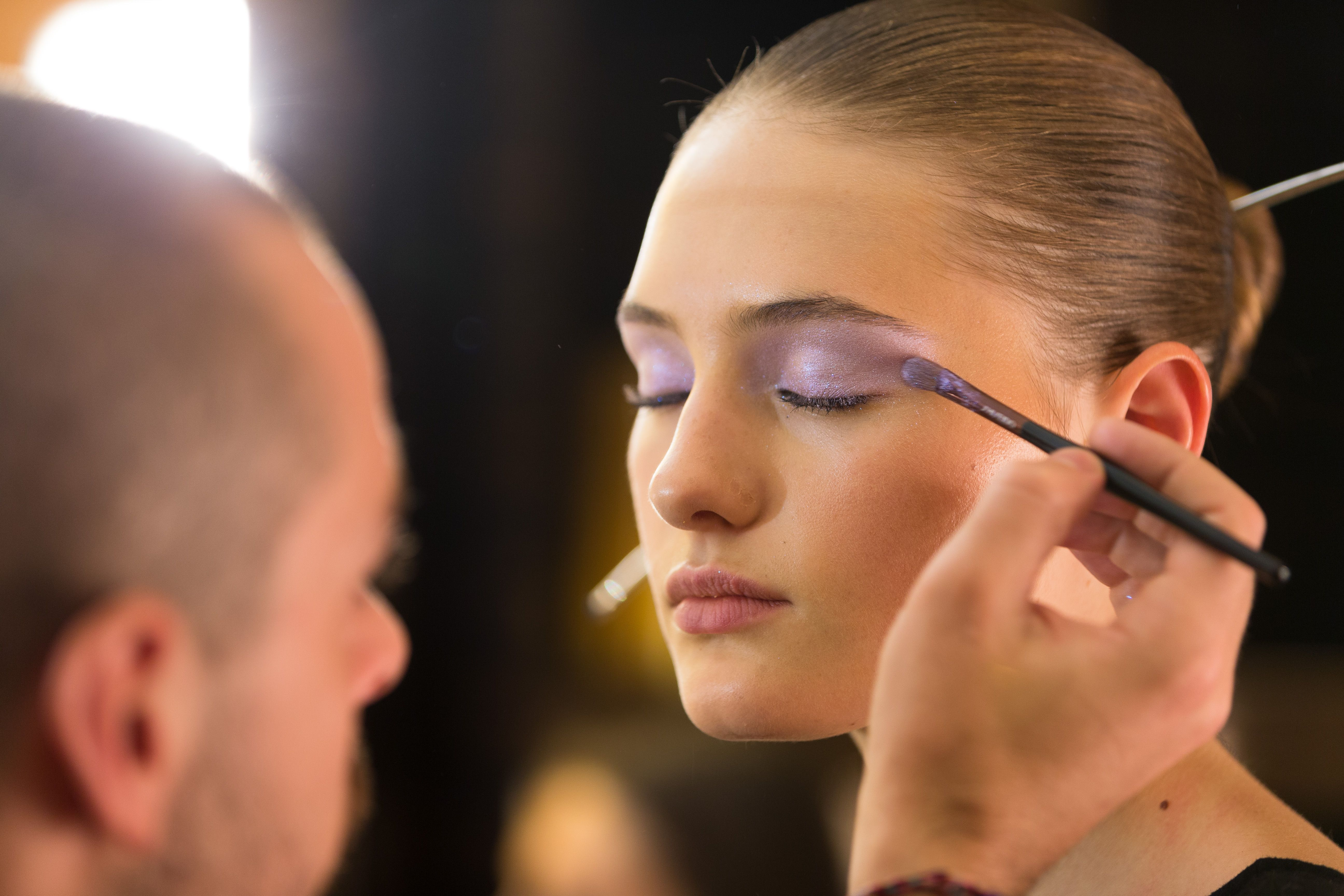 14 Professional Makeup Artists Pick the Best Brushes of All Time