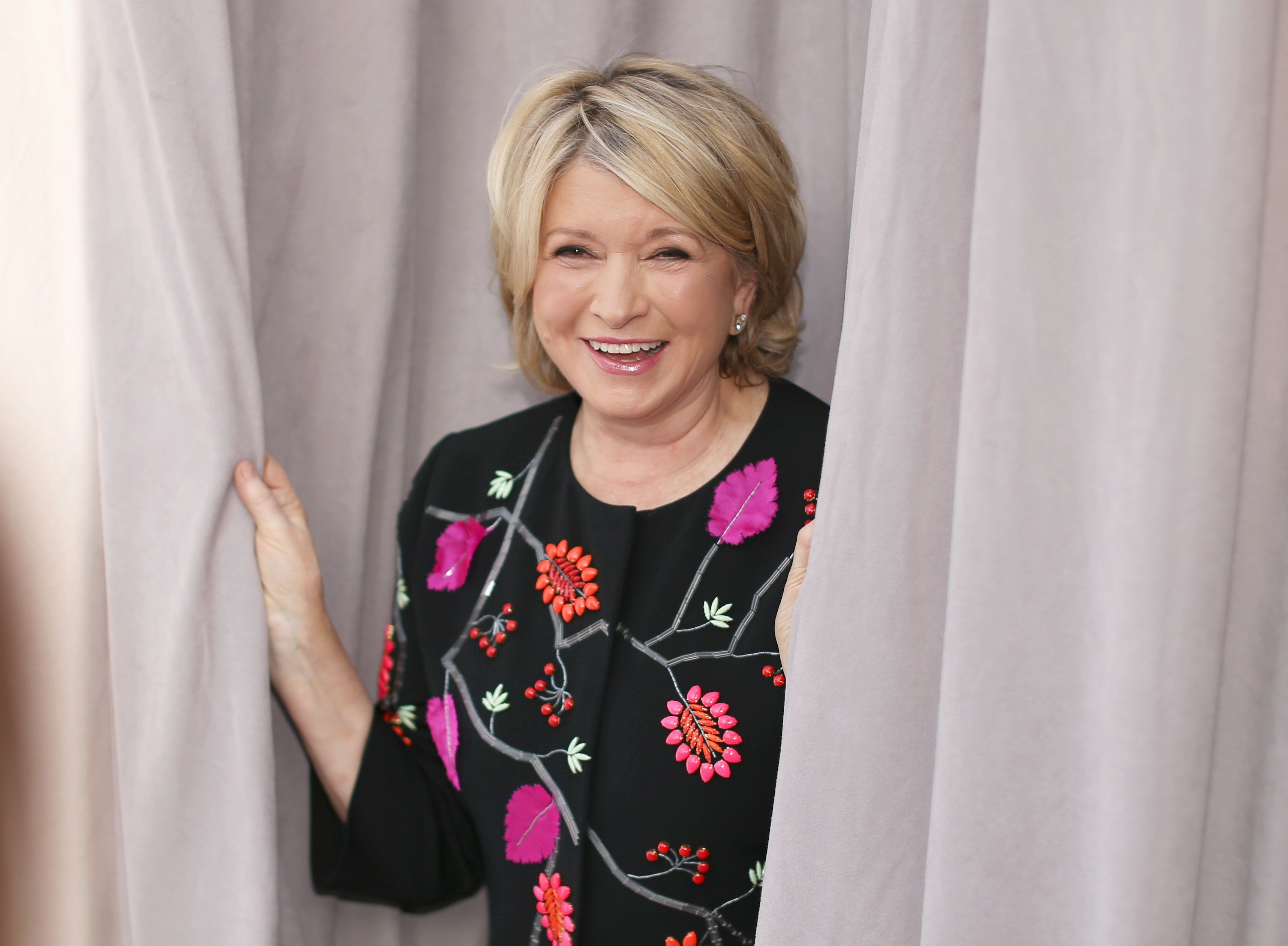 martha stewart net worth 2018 martha stewarts salary after trump pardon