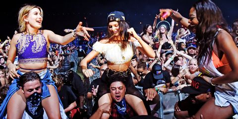Performance, People, Event, Product, Crowd, Stage, Performing arts, Dancer, Public event, Fan,