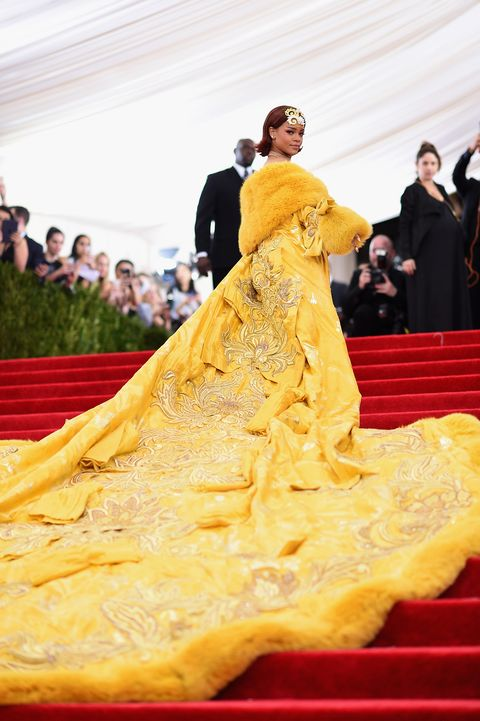 Yellow, Dress, Gown, Fashion, Tradition, Flooring, Event, Red carpet, Carpet, Fun,
