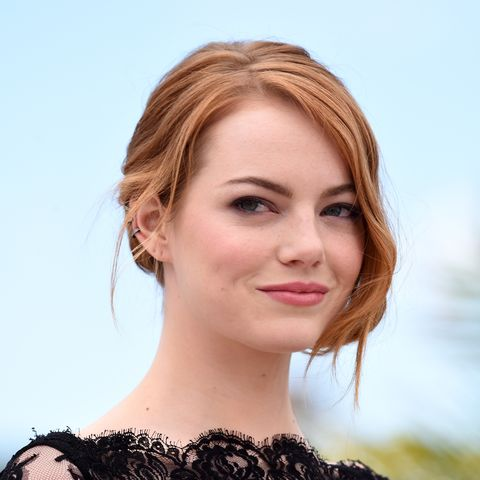 Hair, Face, Lip, Hairstyle, Eyebrow, Skin, Beauty, Chin, Blond, Head,