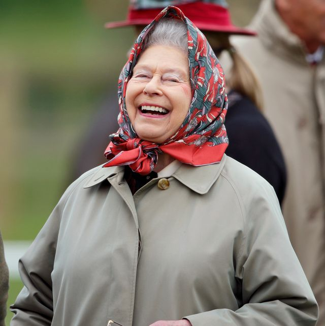 The Queen Hilariously Trolled a Group of Tourists Who Didn't Recognize Her in Balmoral