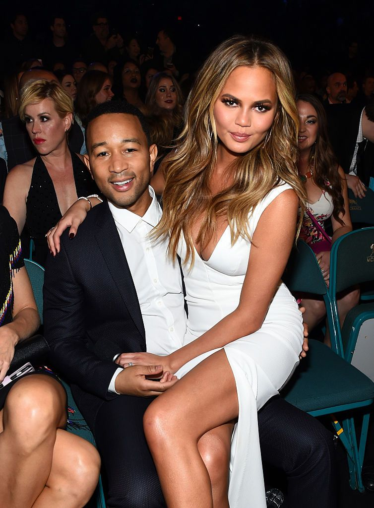 10 Things Guys Love Most About Dating Tall Women