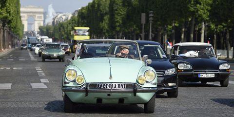 Land vehicle, Vehicle, Car, Regularity rally, Classic car, Coupé, Classic, Sedan, Antique car, Citroën ds,