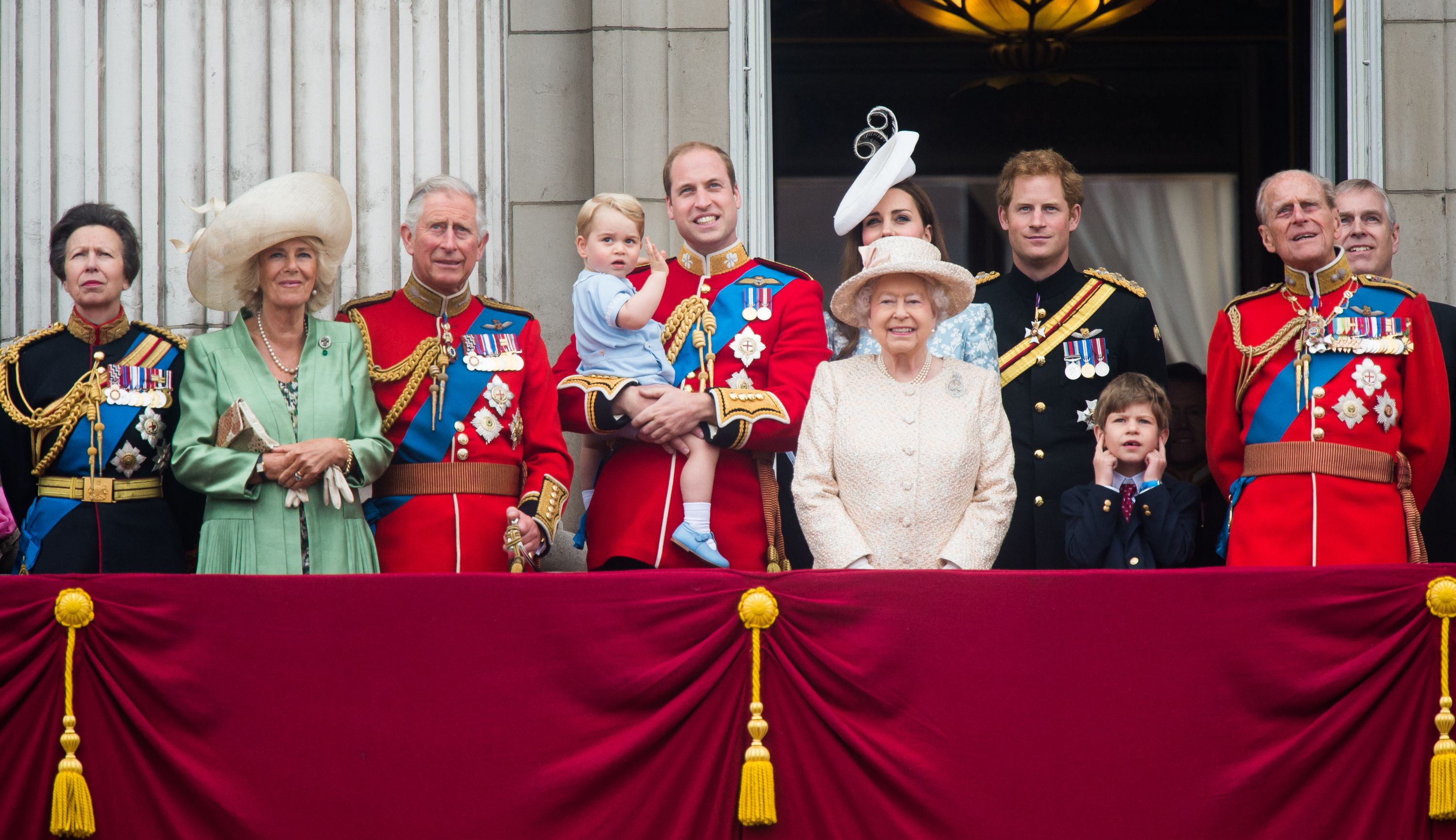 Queen of Great Britain. The Royal Family 81