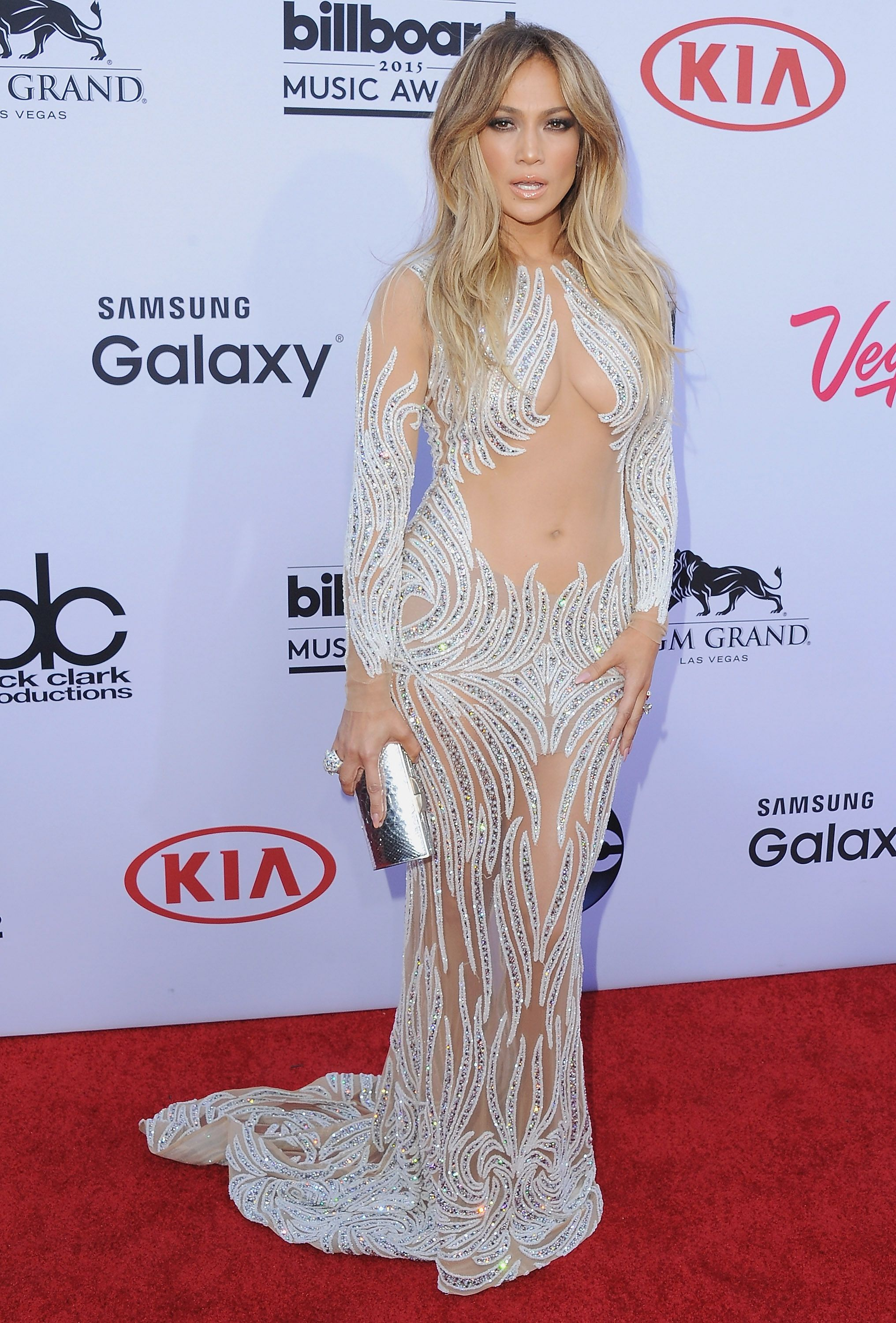 405b975871c Jennifer Lopez's Sexiest Outfits - 28 Of Her Best Looks Ever