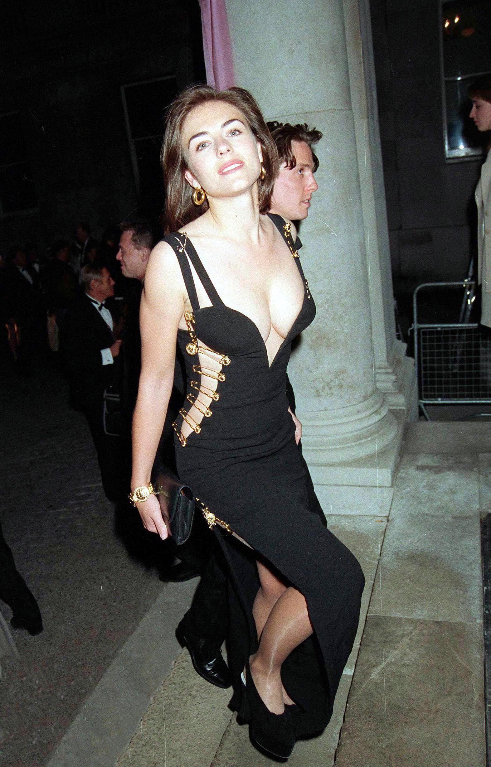 Lawrence Elizabeth Polémica Algo Tiene Hurley Que Jennifer Vestido GSzMqpUV
