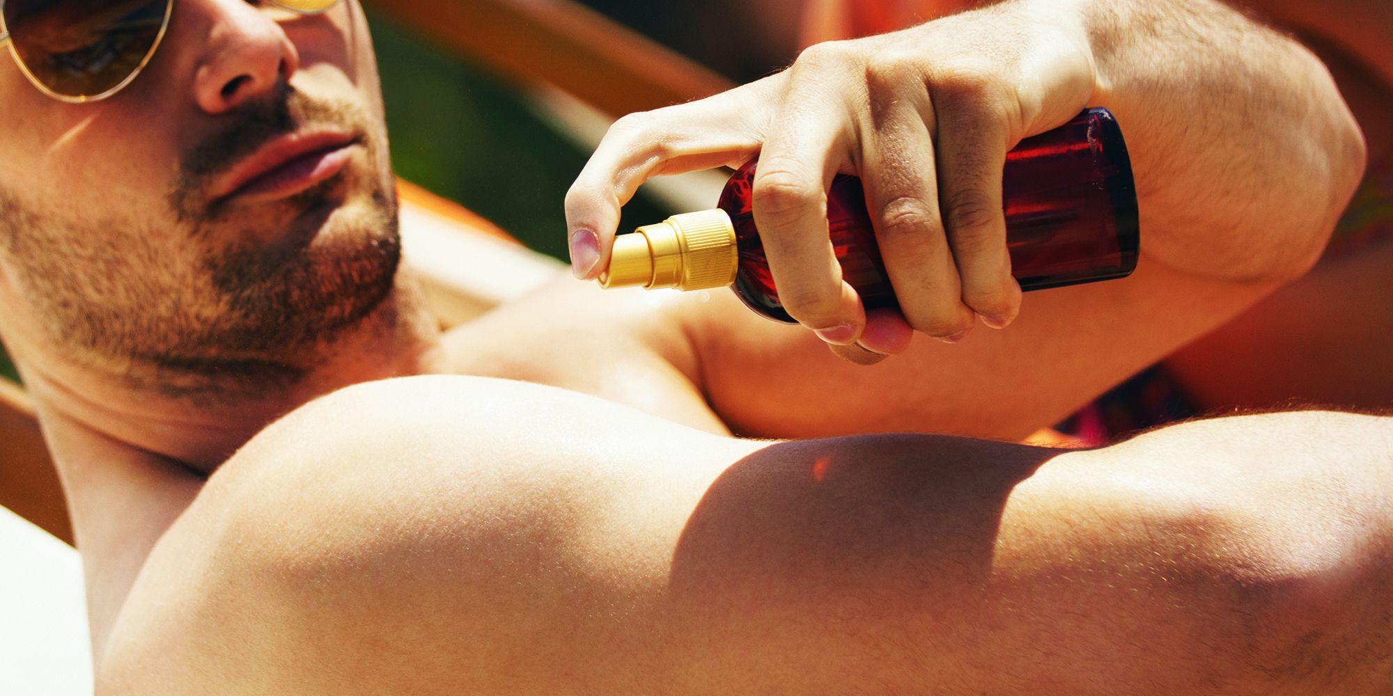 Teen sun tanning fully nude