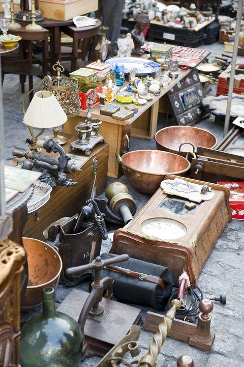 Market, Flea market, Public space, Human settlement, City, Marketplace, Bazaar, Collection, Artisan, Scrap,