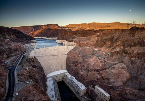 Cielo, agua, paisaje natural, recursos hídricos, roca, montaña, presa, infraestructura, formación, Badlands,