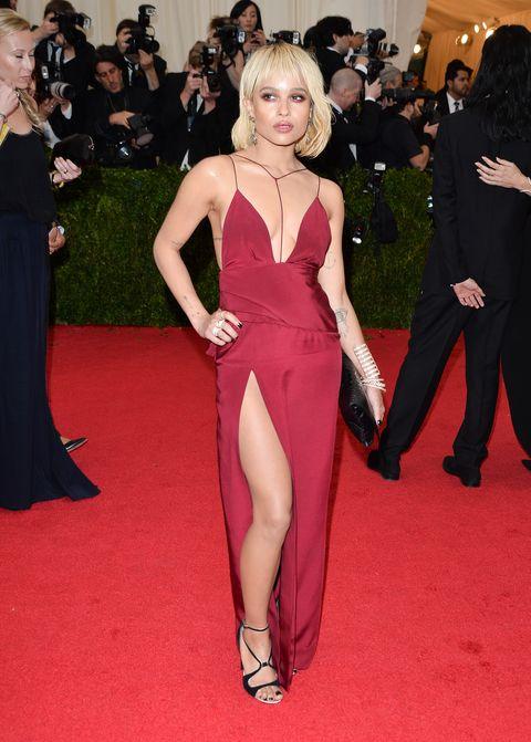 red carpet, carpet, dress, clothing, shoulder, flooring, gown, event, premiere, leg,