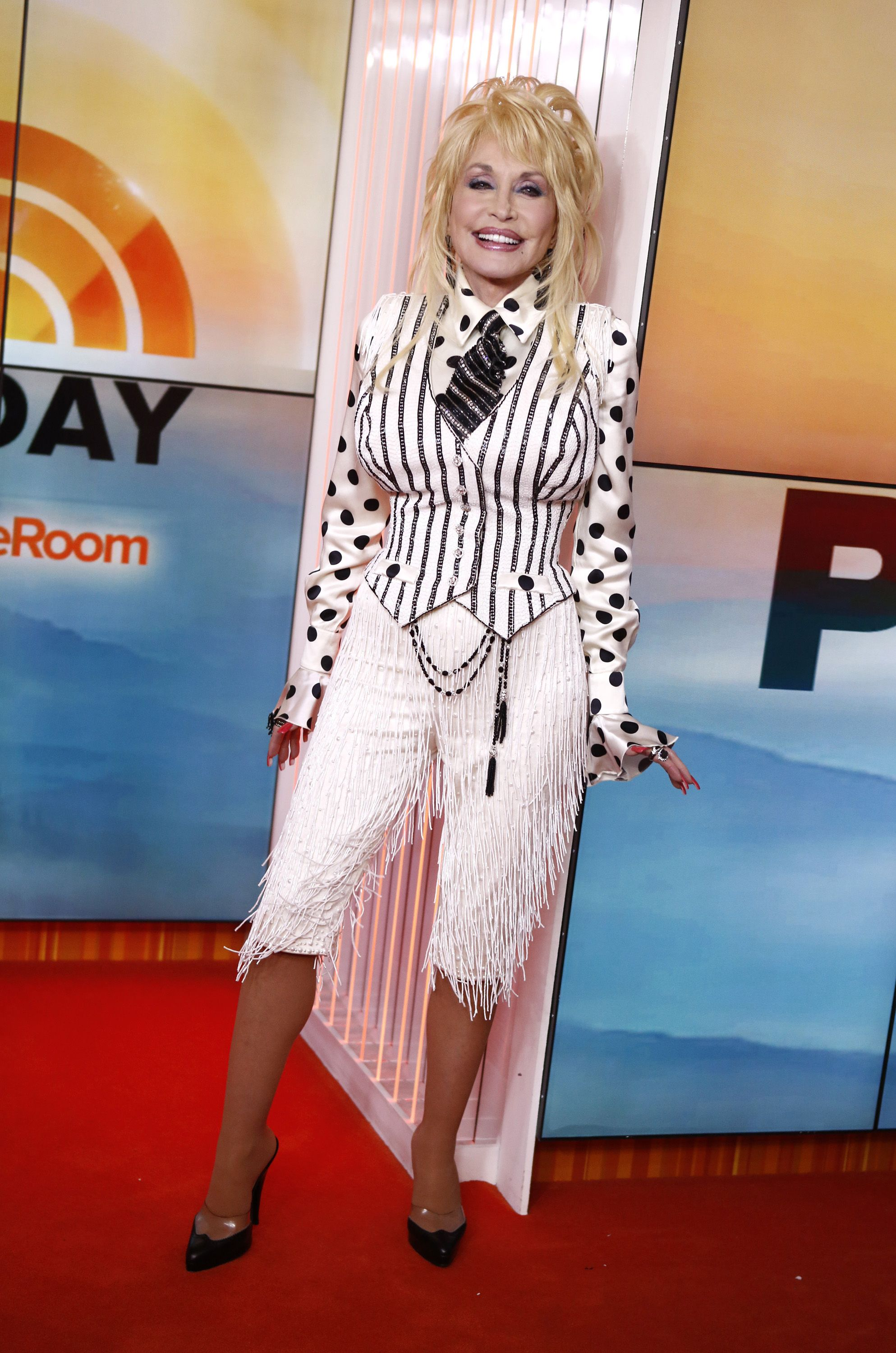 Dolly Parton best fashion moments