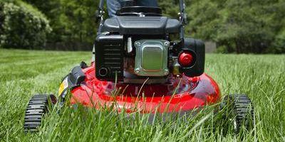 Lawn Mower Reviews 2018 7 Best Walk Behind Lawn Mowers