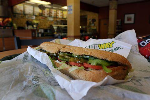 Dish, Food, Cuisine, Fast food, Pan-bagnat, Submarine sandwich, Ingredient, Sandwich, Bocadillo, Bánh mì,