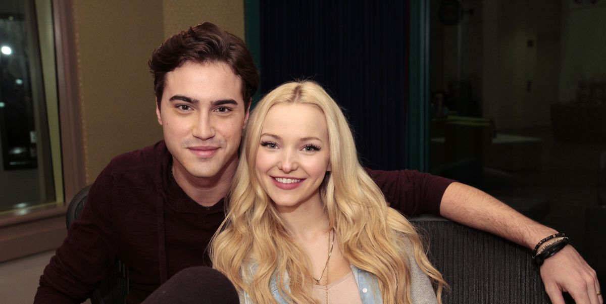 Dove Cameron And Ryan Mccartan Are Having Twitter Drama