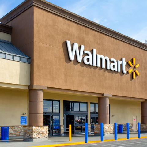 Is Wal Mart Open On Christmas.Walmart Christmas Hours 2019 Are Walmart Stores Open On