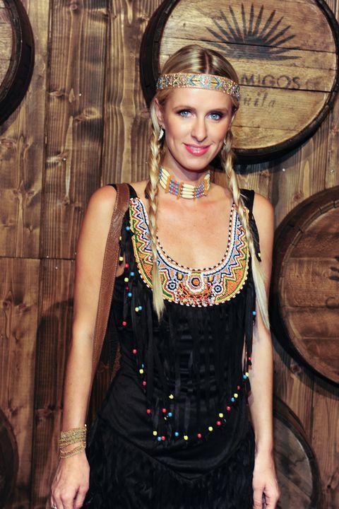 Clothing, Beauty, Fashion, Fashion accessory, Dress, Jewellery, Headpiece, Fashion design,